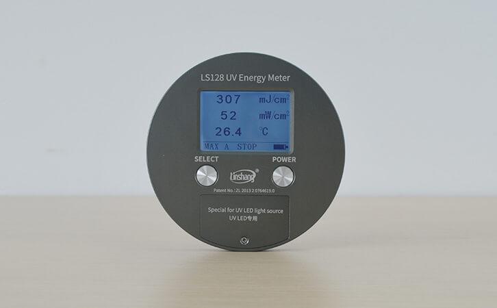 UV能量计自动模式和手动模式测试数据相差很大?