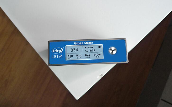 光泽度仪测塑料的光泽度