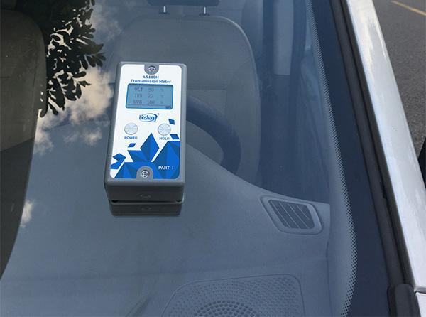 实测汽车前挡风玻璃
