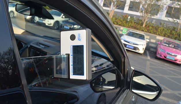 LS162便携式太阳膜隔热检测仪测汽车侧挡