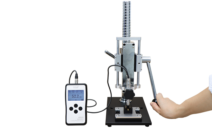 LS225+N1500借助手压测试机架测试小尺寸材料