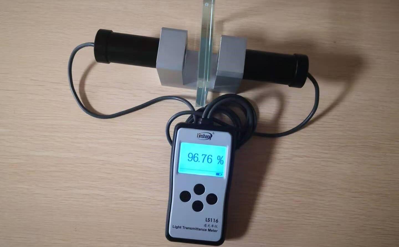 LS116透光率测试仪测量超白玻璃