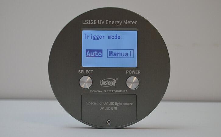 UV能量计自动和手动模式选择界面