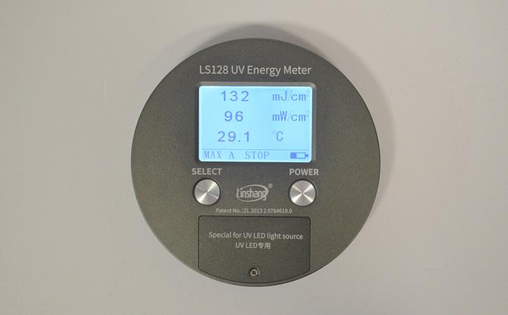UV能量计测量数据显示图