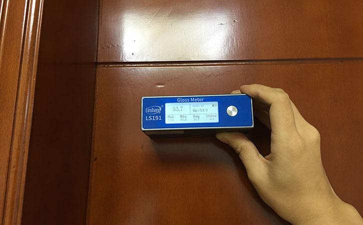 光泽度仪测量烤漆光泽度