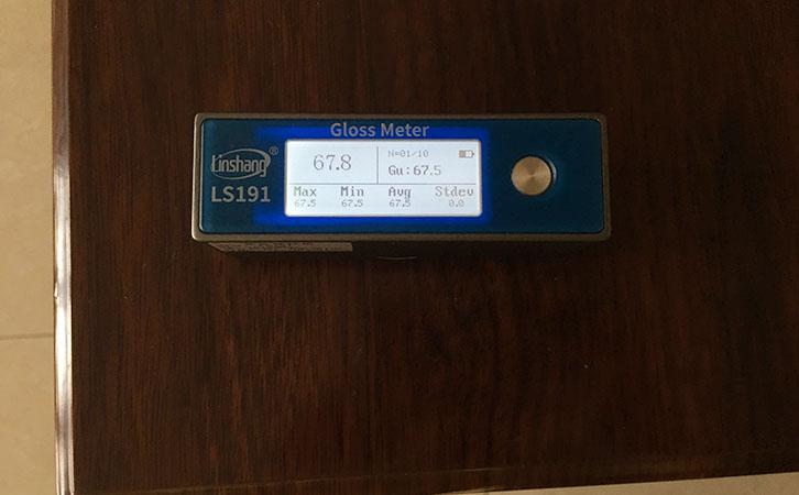 光泽度仪测量乳胶漆光泽度
