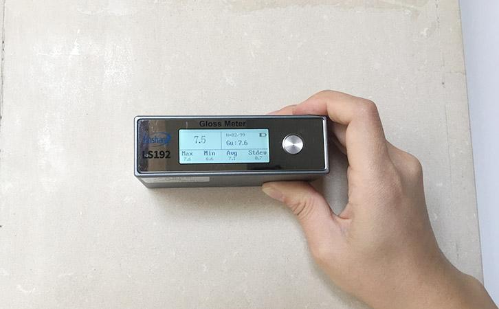 光泽度仪测量瓷砖光泽度