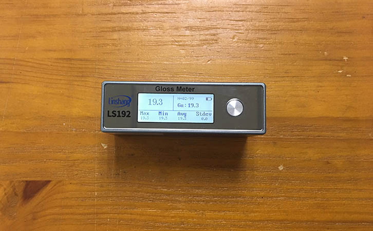 光泽度仪测量喷漆光泽