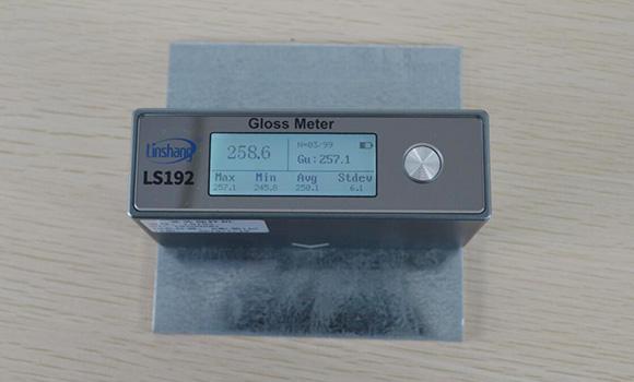 光泽度仪测量金属