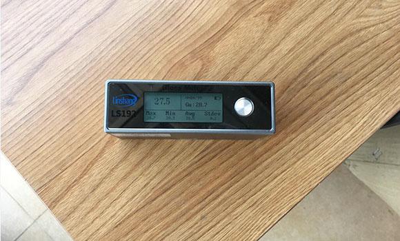 光泽度仪测量家具