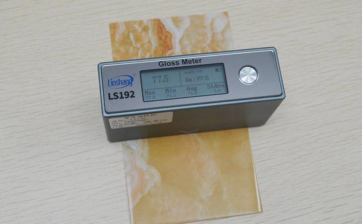 油漆光泽度仪LS192测量油漆