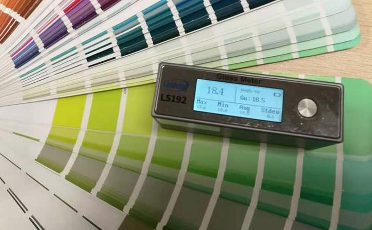 国产光泽度仪测量色卡