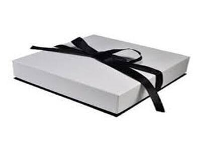 中光泽包装盒