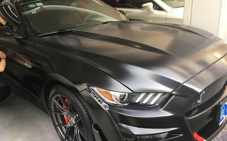 汽车漆面检测仪测试福特野马漆面厚度